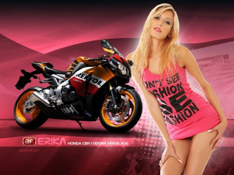 Normal-honda-cbr-fireblade-hot-girl-12603
